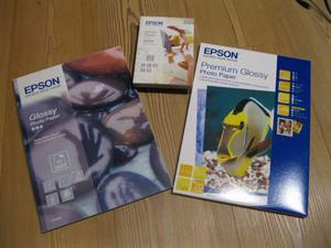 Carta fotografica EPSON Glossy e Premium Glossy A4 e 10x15