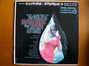 The three suns - twilight memories