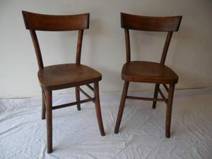 Coppia vecchie sedie in noce