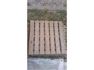 Piastrelle usate da giardino vialetto o posot class for Pavimento da giardino