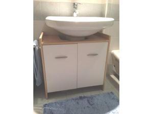 Mobile bagno con lavandino