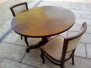 Tavolo rotondo h abbinato con due sedie