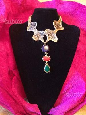 Collane bijoutteria in pietre dure e perle