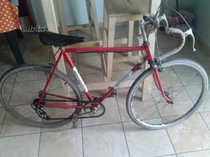 Bici da corsa vintage bimbo