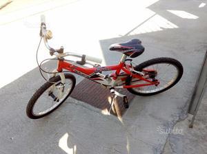 Bicicletta bimbo 6-7 anni