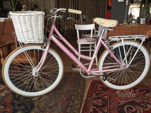 Bicicletta da donna rosa