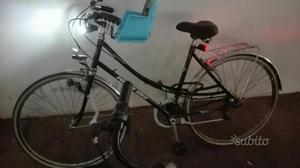 Biciclette da passeggio uomo e donna insieme
