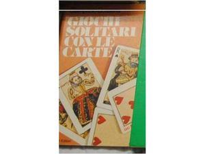 Libri con giochi di societa e solitari con le carte