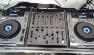Pioneer CDJ 850 x2 + DJM 600 Mixer + Flight case