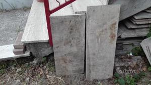 Blocchi di marmo usati