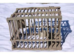 Gabbia in legno per uccelli anni 50