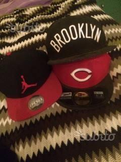 Lotto 3 cappelli originali new era-jordan