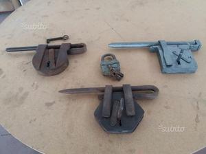 Lotto serrature antiche in ferro battuto