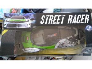 Macchina radiocomandata street racer