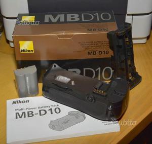 Nikon MB-D10 + 1 batteria Nikon