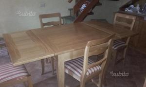 Tavolo e sedie in rovere