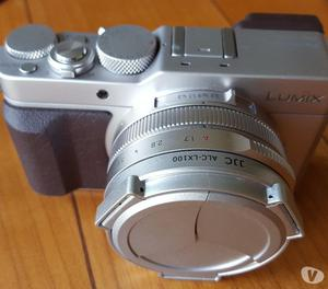Vendo Fotocamera Digitale Panasonic Lumix DMC-LX100 SilverB
