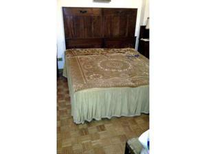 Camera da letto antica (Letto, Armadio, Comò)