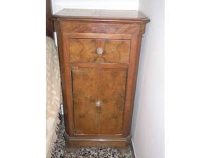 Comodine antiche in legno massello