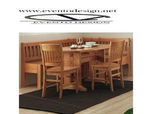 Set composto da: 1 panca angolare, 1 tavolo e 2 sedie
