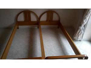 Sponde per due letti singoli in legno massello