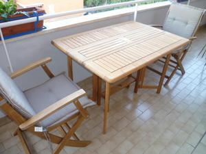 TAVOLO e due sedie