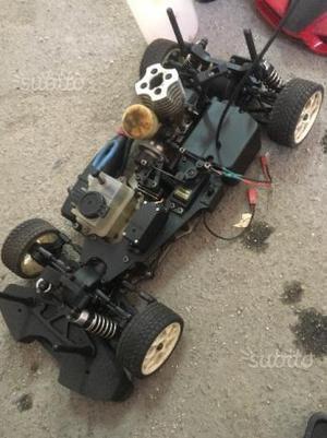 Auto a scoppio nuova