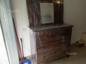 Comò e specchio in legno fine ottocento restaurato