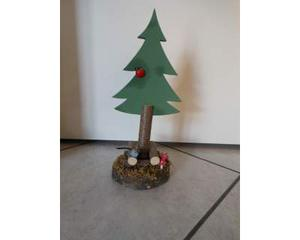 Alberi di Natale decorativi e artigianali