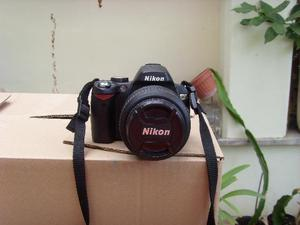 FOTOCAMERA Nikon D60 con obiettivo