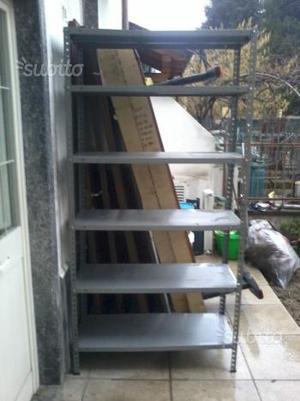 Scaffale in ferro a 6 ripiani alto 2 metri