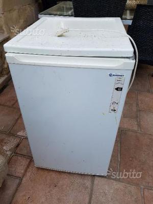 Euro 50 vendo congelatore posot class for Congelatore a pozzetto piccolo