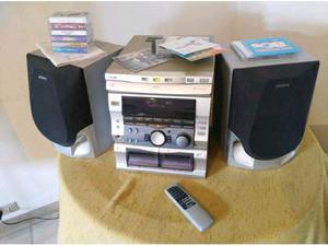 Stereo sony Reparto CD da revisionare Invio gratis pagamento
