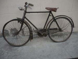 Due bici anni 50 da restauro o per ricambi