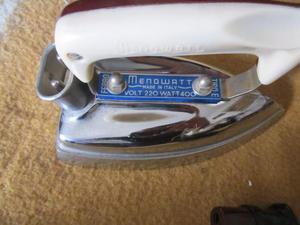 Ferro da stiro vintage menowatt