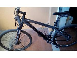 Mountainbike in alluminio della pininfarina posot class for Bici pininfarina peso