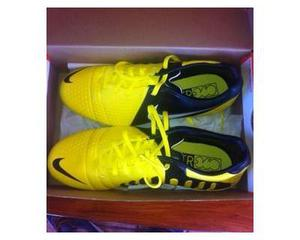 Scarpe calcetto nike gialle nere nuove | Posot Class