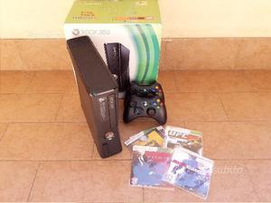 XBOX 360 Slim - Completo di Giochi