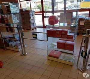Vendita Attrezzature Per Supermercati Usate.Tornello E Tramezza Per Supermercato Usato Posot Class