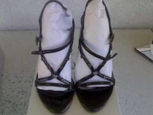 Sandali tinta nero e bianco SOLO SOPRANI
