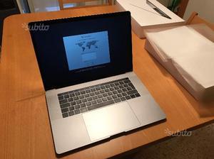 MacBook Pro 15 Retina con Touch Bar - Top di Gamma
