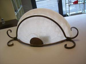 N. 2 Applique vecchio stile con rifinitura stile ferro