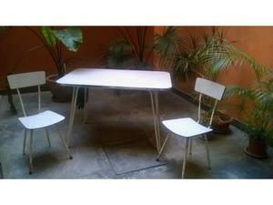 Tavolo e sedie in formica originale anni '60