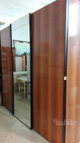 Vendo armadio ikea 3 ante con 2 ampi bologna posot class - Comodini specchio ikea ...