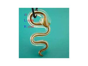 Collana con grande pendente a forma di serpente