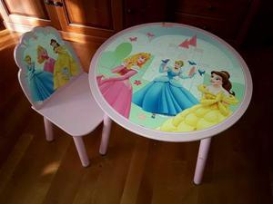 Sedia e tavolo in legno principesse