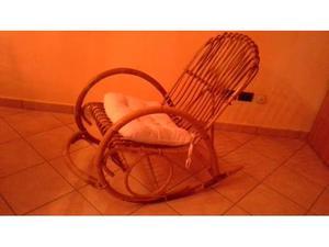 Sedia a dondolo in vimini italy posot class - Sedia a dondolo usata ...