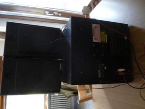 Stereo casa ufficio garage marca UNITED + 2 casse usato