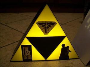 The Last Of Us Ellie Joel lampada Led da tavolo logo