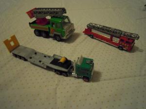 Camion verde + camion vigili del fuoco + camion